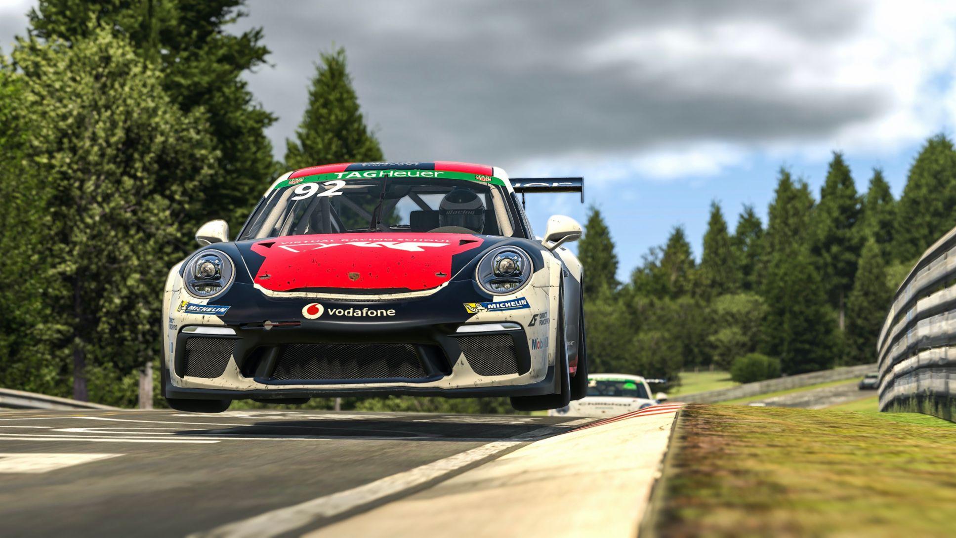 Iracing Porsche Supercup: Job loses points against Rogers