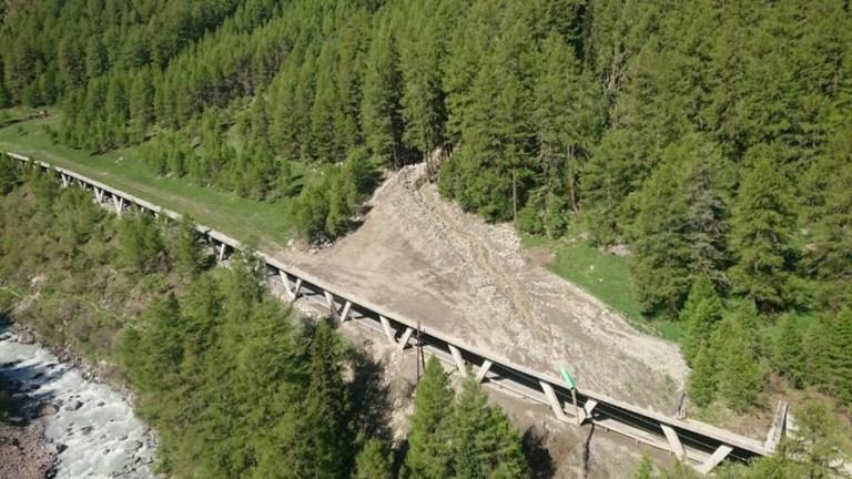 Road gallery damaged by landslide