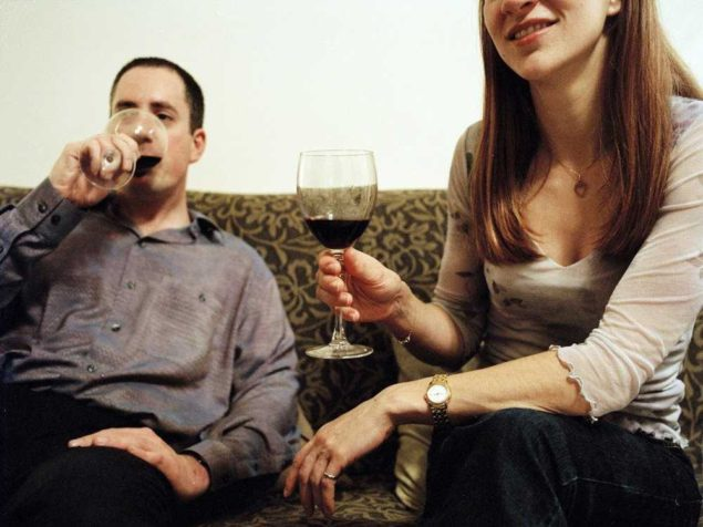 friends-drinking-wine-at-home