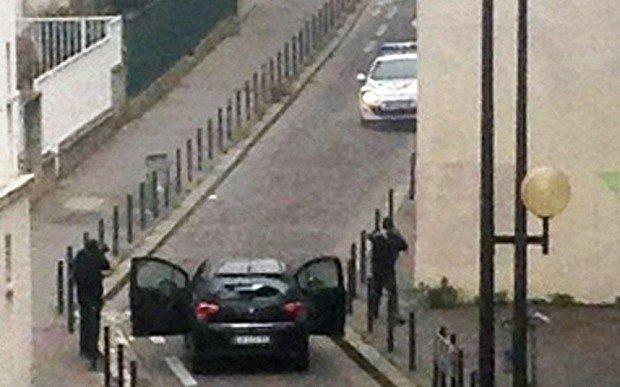 paris-car-shooting_3156765b