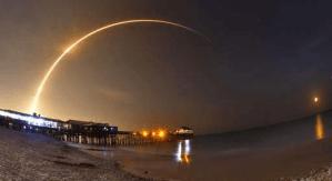 SpaceX запускає супутник зв`язку, знищуючи старий ракетоносій