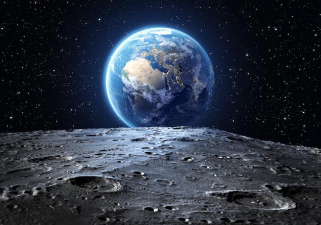 Утворення Місяця принесло воду на Землю