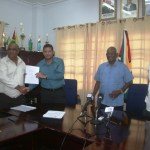 Govt. withdraws controversial recycling contract