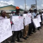 Sugar workers and rice farmers protest over payments