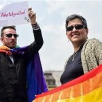 Colombia lifts same-sex adoption limits