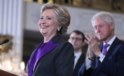 """1 Downloads32 - Clinton urge supporters to greet Trump with """"open mind."""""""