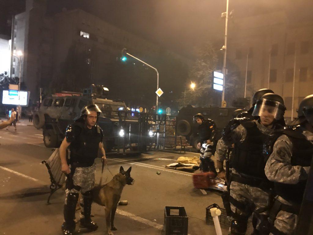 «Θα φας 20 χρόνια φυλακή» – Ξεκίνησε η «κόλαση» για Ζ. Ζάεφ και οι Γερμανοί ανησυχούν – Σε σπιράλ πολιτικής αποσύνθεσης Αθήνα-Σκόπια