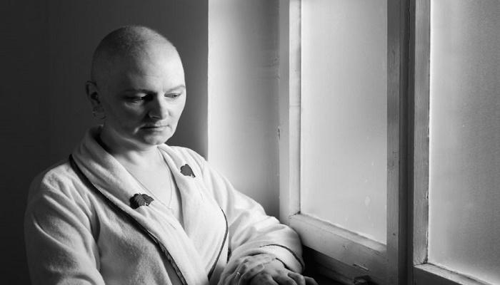 «Όσο μ' αγάπησες εσύ μαμά, ποιος θα με αγαπήσει;»: Η περιπέτεια της μητέρας μου με τον καρκίνο
