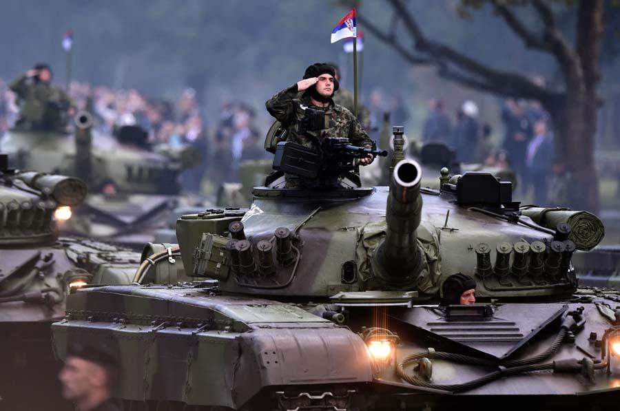 "«""M. Aλβανία"" σημαίνει πόλεμος» – «Πιθανή η εμπλοκή της Ελλάδας σε ένα τέτοιο ενδεχόμενο» – «Βόμβες» από το Βελιγράδι"