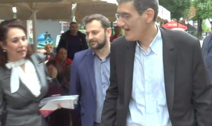 Άγριο κράξιμο στον Γιαννούλη του ΣΥΡΙΖΑ: «Φύγε Σκοπιανέ προδότη, μην με ακουμπάς» – Τον έδιωξαν οι Μακεδόνες – Βίντεο