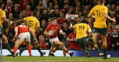 Beale's steal helps slick Australia to 13th straight win over Wales 4