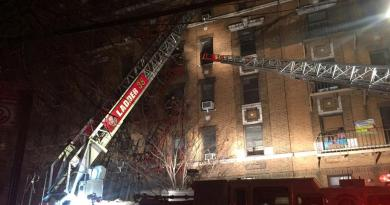 At least 15 people injured in massive Bronx fire 3