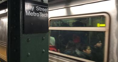 Man dies from fall onto NYC subway tracks after punch from teen 3
