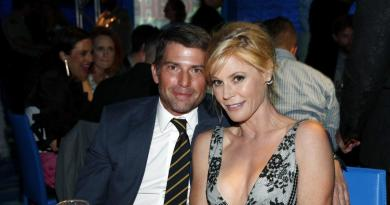 'Modern Family' star Julie Bowen reportedly splits from husband 3