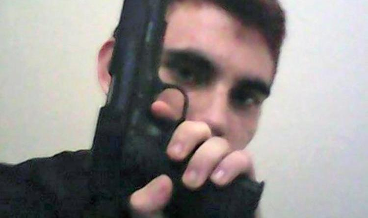 Florida shooter with history of problems bought his AR-15 legally 2