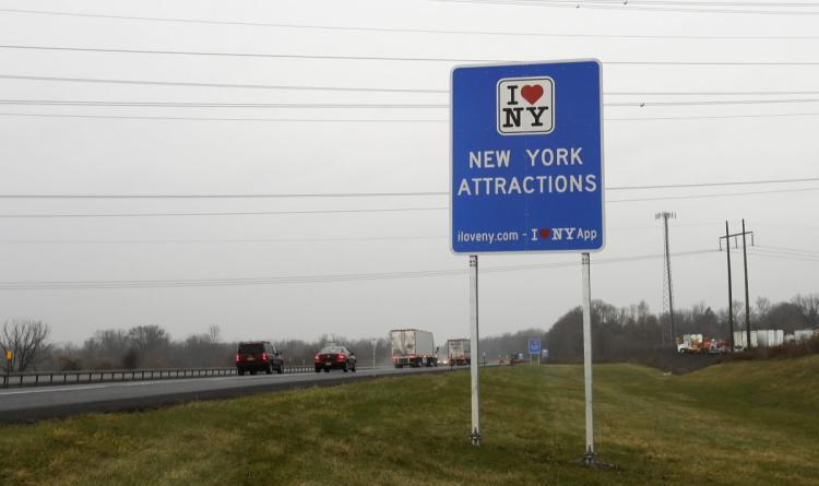N.Y. State to replace 'I Love NY' road signs to dodge $14M fine 9