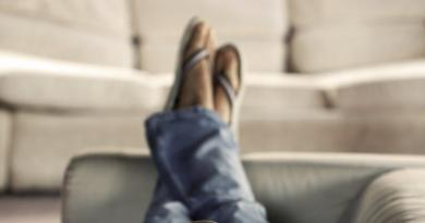 Too much sitting may shrink part of brain connected to memory 3