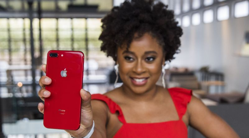 Apple and (RED) Teamed Up with Phoebe Robinson to Release the New Red iPhone 10