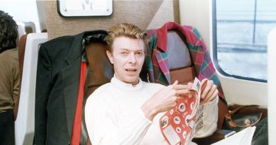 David Bowie Metrocards Almost Make NYC's Subway Worth Taking 3