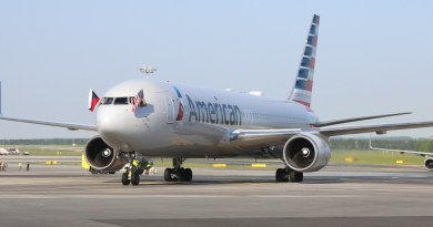 American Airlines arrives in Prague, Czech Republic, for first time 2