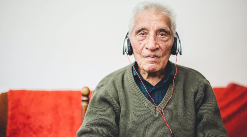 Music treatment may ease anxiety, depression in dementia patients 2