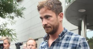 Danny Cipriani: England should stick with the fly-half, says Sale boss Steve Diamond 3