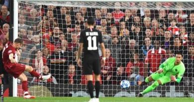 Firmino strike helps Liverpool win five-goal thriller with PSG 4
