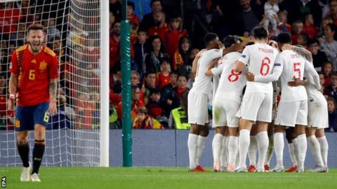 Southgate praises 'courage' of England side after Spain victory 7