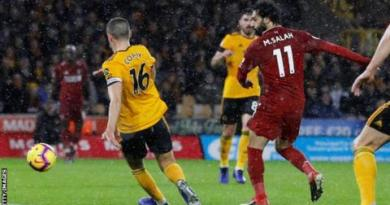 Wolves 0-2 Liverpool: Mohamed Salah helps Reds go four points clear 1