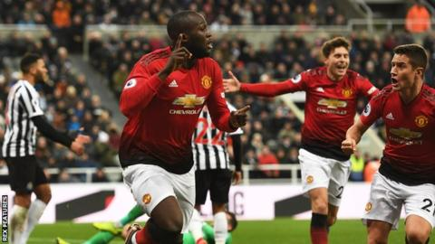Newcastle United 0-2 Manchester United: Ole Gunnar Solskjaer wins fourth game from four 14