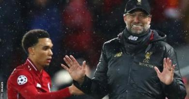Liverpool 0-0 Bayern Munich: Why away task suits Reds' strengths - Mark Lawrenson 3
