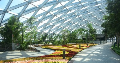 Jewel Changi Airport opens in Singapore 4