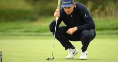US Open: Justin Rose trails Gary Woodland with McIlroy & Koepka in contention