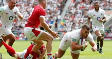 England beat Wales 33-19 in World Cup warm-up game 1