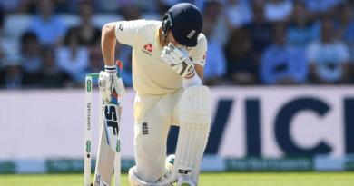Ashes 2019: England 67 all out as Australia close in on Ashes 3