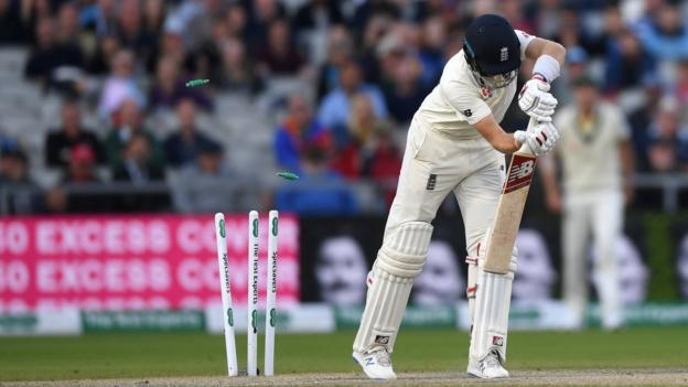 Ashes 2019: England lose late wickets as Australia close in on Ashes 1