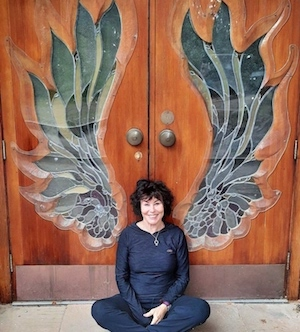 Ruby-Wax-at-U-Hall.jpg