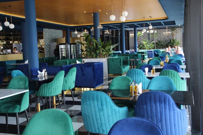 le café-restaurant Ô Comptoir