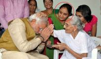 PM-Modis-Niece-Robbed-Delhi-Snatchers-More-News-DKODING