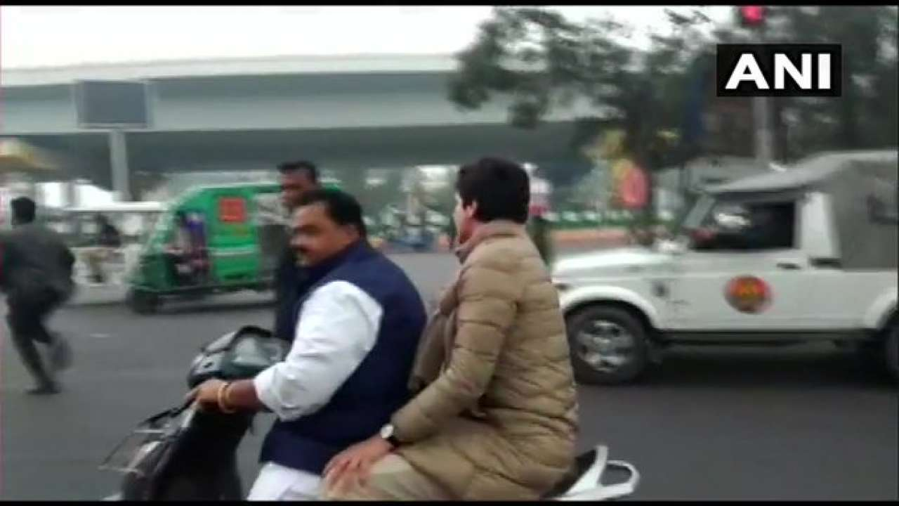 887059-priyanka-gandhi-two-wheelers-lkp