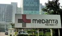 Medanta-Hospital-Gurgaon-Charges-17-lakh-But-Could-Not-Save-a-7-year-Old