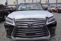 2022 Lexus LX 570 Spy Photos