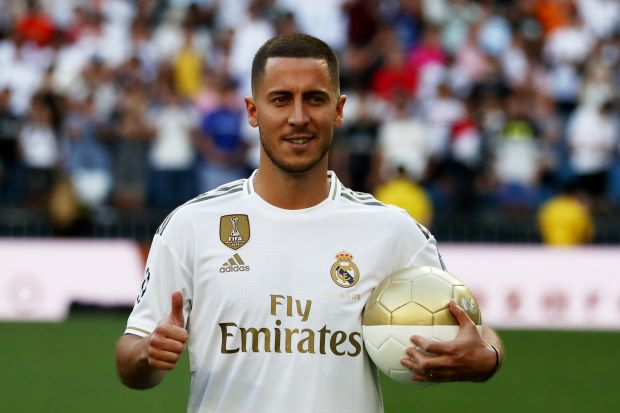Real Madrid present Hazard to adoring Bernabeu crowd