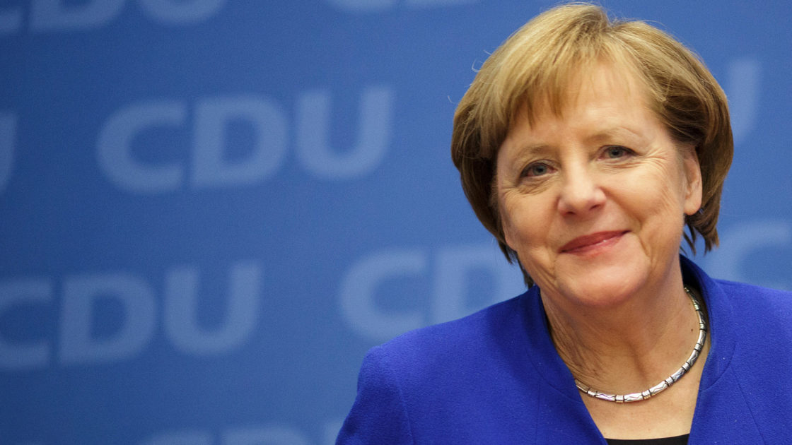 Merkel in Davos: 'Our mistake was not being prepared for refugee crisis'