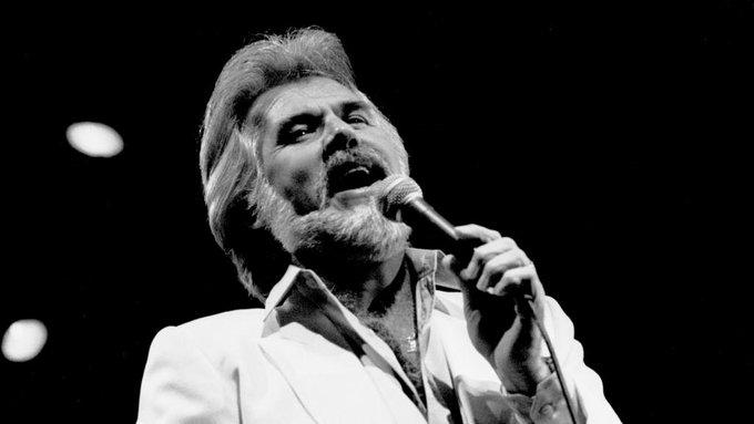 Music legend Kenny Rogers dies at 81