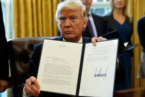 Trump pledges executive orders to extend Covid relief, but offers few details