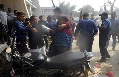 সুন্দরগঞ্জে জাপা-আ'লীগ সংঘর্ষ ; আহত ১১ গ্রেফতার-১
