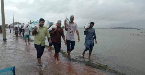 সাতক্ষীরার বন্যার্তদের পাশে জাবির JU Solidarity এবং ইচ্ছা