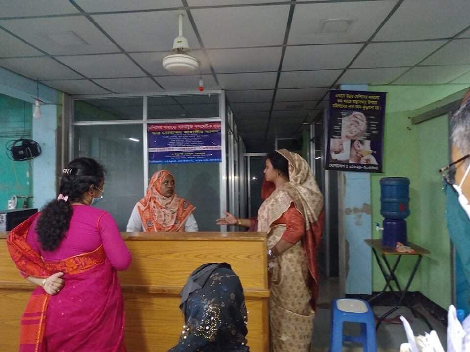 কর্ণফুলীতে ইউএনও'র অভিযানে ২ প্রতিষ্ঠান সিলগালা ও  জরিমানা