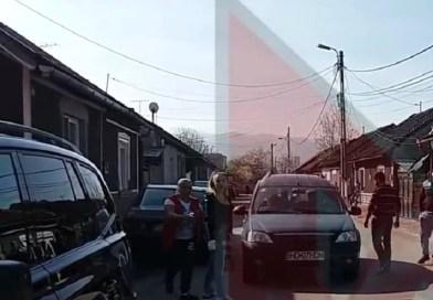 """Doamna din imagini sa ales cu arest la domiciliu, după ce a băgat mâna în sacu """"Moșului"""" / VIDEO"""